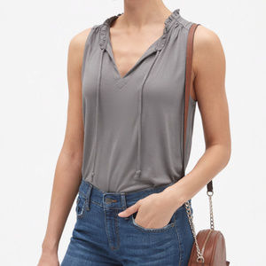 Banana Republic Sleeveless Ruffle Tie Top V Neck